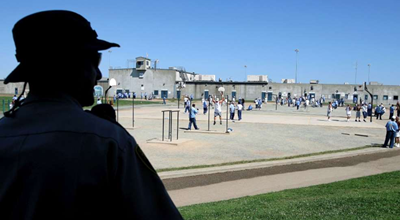 California Lawmakers Look To Free Older And Younger Inmates